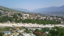 Gjirokastër, plagosen dy fëmijë nga plumbat qorr