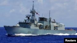"""加拿大海军护卫舰""""里贾纳""""号(HMCS Regina)(资料照 路透社)"""