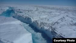 La calotte glacière du Groenland (UCLA/Lawrence C. Smith)