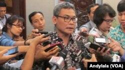 Staf Khusus Presiden Bidang Komunikasi, Johan Budi SP (Foto: VOA/Andylala).
