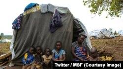 Areti, 37 ans, du village de Joo (Mahagoi) dans la province de l'Ituri en RDC, s'est réfugiée, avec sa famille, en Ouganda, 12 avril 2018. (Twitter/MSF).