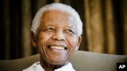 Nelson Mandela, bivši predsednik Južne Afrike i borac protiv aparthejda (arhiva)