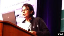 Baby Rivona Nasution dari Ikatan Perempuan Positif Indonesia (IPPI) pada Konferensi AIDS 2012 di Washington, DC. (Foto: VOA)