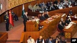 Kineski predsednik Ši Đinping obraća se pakistanskom parlamentu