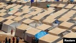 အိုးအိမ္ေရႊ႕ေျပာင္း ေနထုိင္ရသူမ်ား။ (internally displaced persons (IDP) camp)