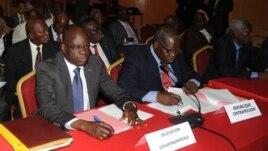 La délégation gouvernementale de la Centrafrique à l'ouverture des pourparlers de Libreville avec la coalition Seleka, le 9 janvier 2013