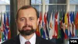 Tom Perriello, enviado especial dos Estados Unidos para os Grandes Lagos