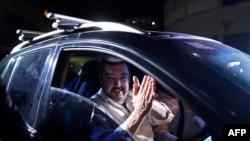 Roberto Marrero, Kepala Staf Pemimpin Oposisi Venezuela Juan Guaido, dibebaskan dari penjara di Caracas, 31 Agustus 2020.