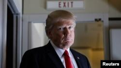 Tổng thống Hoa Kỳ Donald Trump trên chiếc Không Lực Một.