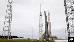 在佛羅里達卡納維拉爾角太空發射基地上蓄勢待發的MAVEN火星探測器。