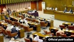 پاکستان کی سینیٹ کے اجلاس کا ایک منظر ۔ فائل فوٹو