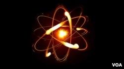 İnsanların davranışını atomların davranışı kimi proqnozlaşdırmaq mümkün deyil.