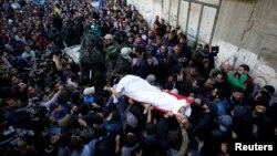 د اسرائیلي طیارو په بمباریو کې د حماس دوه غړي وژل شوي دي.