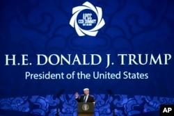 """Tổng thống Donald Trump lần đầu tiên giới thiệu về chiến lược """"Ấn Độ Dương-Thái Bình Dương tự do và rộng mở"""" tại Diễn đàn Hợp tác Kinh tế châu Á Thái Bình Dương trong một bài diễn văn khai mạc ở Đà Nẵng vào tháng 11/2017."""