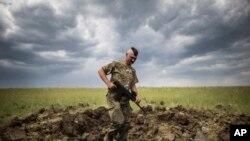 Український солдат на Луганщині