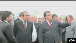 که چیري د تاجکستان برحاله ولسمشر ښاغلی رحمان دا ځل انتخابات وګټي نو د ۷ نورو کلنو لپاره به ولسمشر شي.