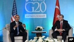 اوباما و اردوغان در دیدار سال گذشته سران گروه ۲۰ در شهر آنتالیا.