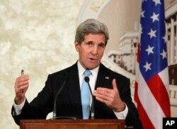 Ngoại trưởng Hoa Kỳ John Kerry nói rằng việc biết được chất lượng không khí là một việc rất quan trọng