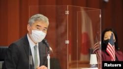 美國北韓事務特使金聖(Sung Kim)週二(2021年9月14日)在東京與日本和南韓就朝核問題舉行三邊會談。(路透社)