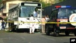 پاکستانی بحریہ کی بسوں پر بم حملے، چار اہلکار ہلاک