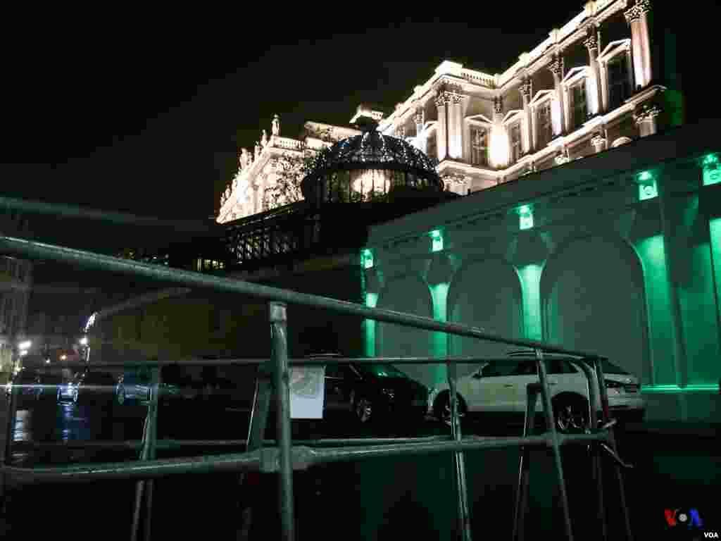 تصاویر اختصاصی بخش فارسی صدای آمریکا از محل برگزاری مذاکرات هستهای ایران و گروه ۱+۵، هتل کوبورگ، وین، اتریش