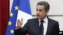 Nicolas Sarkozy apoia a continuidade da ajuda alimentar