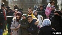 Pazarkule sınır kapısında Yunanistan'a geçmeye çalışan göçmenler