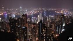 如果將住房計算在內,香港仍然是亞洲第二昂貴的城市