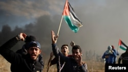 在加沙抗議美國總統川普承認耶路撒冷為以色列首都的巴勒斯坦人與以色列軍方爆發衝突