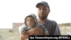 Во время обысков и задержаний крымских татар в Крыму, 29 марта 2019