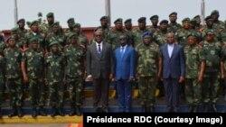 Président Félix Tshisekedi na Haut-Commandement ya mampinga, na Kinshasa, RDC, 1er février 2019. (Présidence RDC)