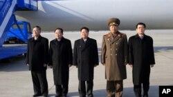 Delegacija Severne Koreje uoči odlaska u Rusiju