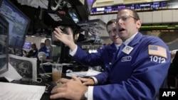 На фондовых биржах Соединенных Штатов продолжается падение
