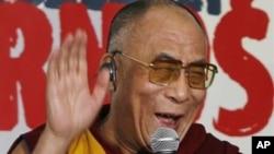 達賴喇嘛與卡爾德龍會晤。