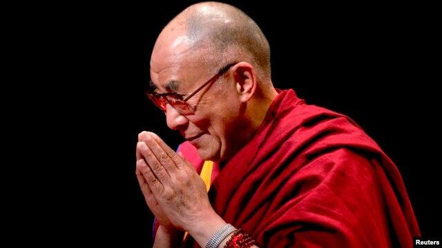 미국을 방문 중인 티베트의 정신적 지도자 달라이 라마. 지난달 말 바락 오바마 미국 대통령과의 면담에 이어, 6일에는 미 상원에서 개회기도를 할 예정이다.