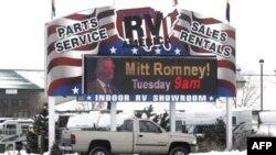 Mit Romni se nada da će na današnjim stranačkim skupovima u Koloradu i Minesoti učvrstiti status favorita