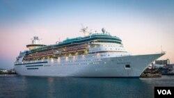Kapal pesiar 'Salaam Cruise' yang membawa keluarga muslim Amerika berlibur di Karibia (courtesy photo).
