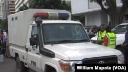 Ataque a carro de polícia alerta para falta de segurança em Moçambique