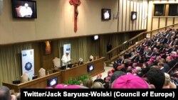 Le pape François tient un discours au congrès sur la contribution chrétienne à l'avenir du projet européen, Vatican, 28 octobre 2017. (Twitter/Jack Saryusz-Wolski)