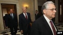 Udhëheqësit grekë më pranë marrëveshjes për shkurtimin e shpenzimeve
