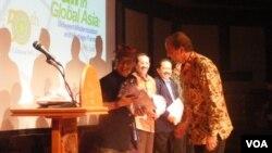 Pembukaan konferensi Bali in Global Asia yang berlangsung 16-18 Juli di Denpasar. (Foto: VOA/Muliarta)