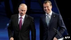 Təhlil: Putin gəlir...