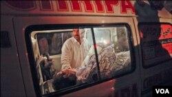 Karachi claims 6 lives