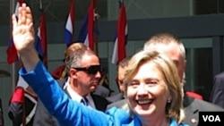 En su recorrido latinoamericano, Clinton visitará a Ecuador, Colombia y Barbados.