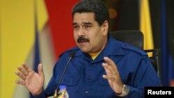 Maduro dijo que iba a revisar todo: ministerios, vicepresidencias, niveles de ejecución de proyectos y presupuestos, entre otros.