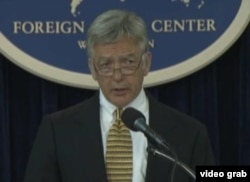 美国国务院主管国际组织事务代理助卿迪恩•皮特曼(美国之音视频截图)