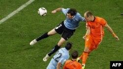Hollandiya və İspaniya ilk dəfə olaraq futbol üzrə dünya çempionu olmağa namizəddir