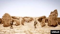 Tentara AS berpatroli di Helmand, Afghanistan (3/7).
