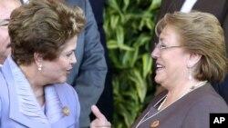 Las presidentas de Brasil, Dilma Rousseff, y Chile, Michelle Bachelet, asistieron a la cumbre de la CELAC en Costa Rica.