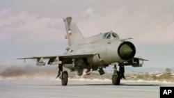 Истребитель МиГ-21 (архивное фото)